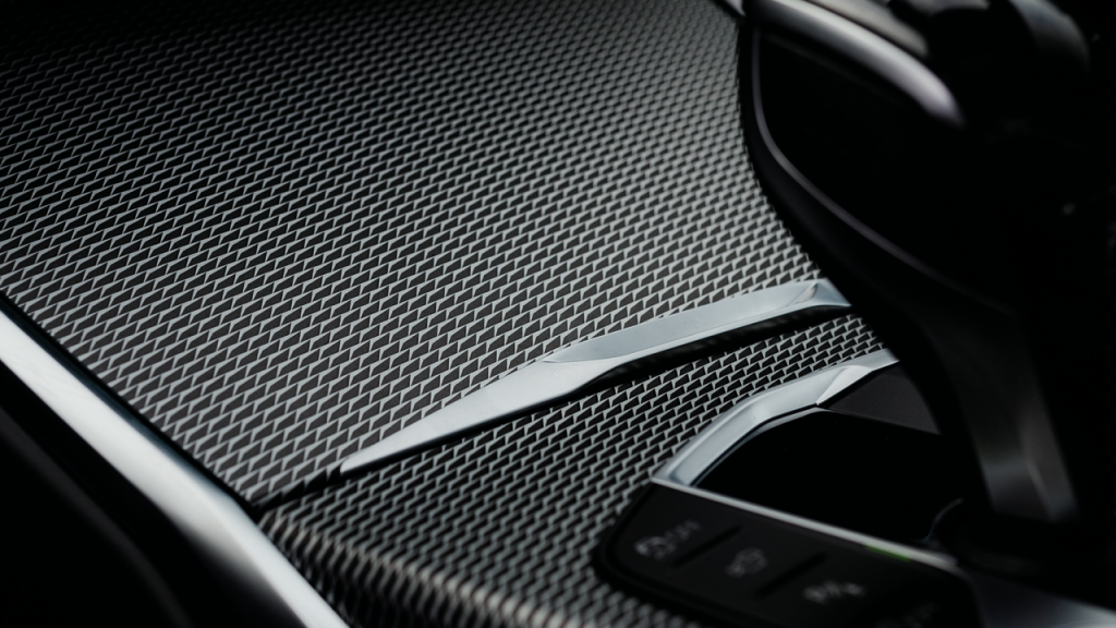 Invest and Drive BMW Gesture Control - Bondora