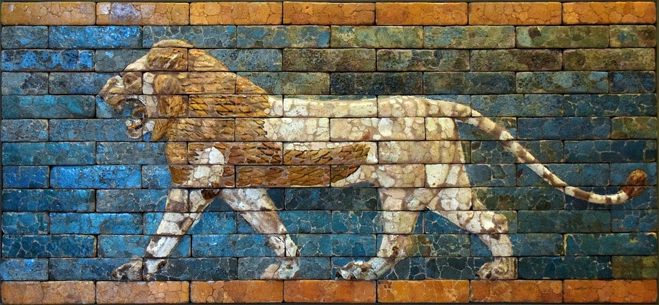 ancient-lion-wall