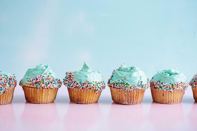 Armastame oma saavutusi Bondoras tähistada (koogiga!) ja novembrisse mahtus neid mitu.