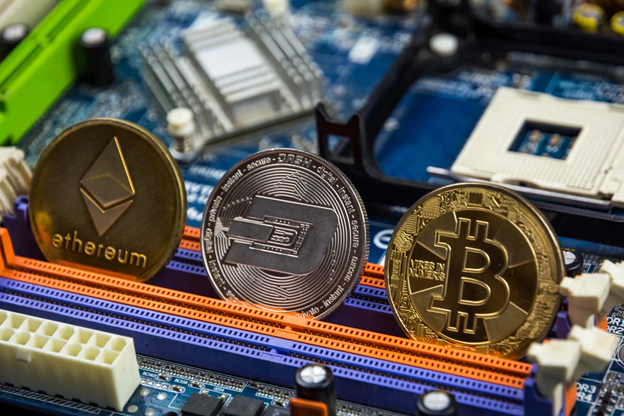 Digital currencies could make centralized banks obsolete over the next decade.
